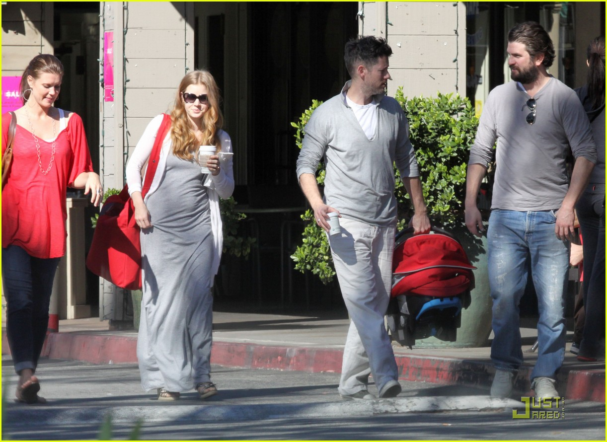 amy adams breakfast with darren and aviana 112514084