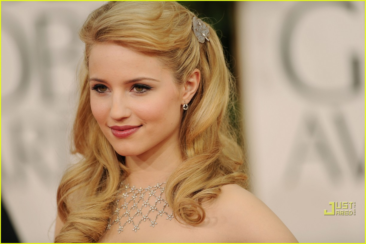 Dianna Agron Golden Globes 2011 Red Carpet Photo 2511702 2011