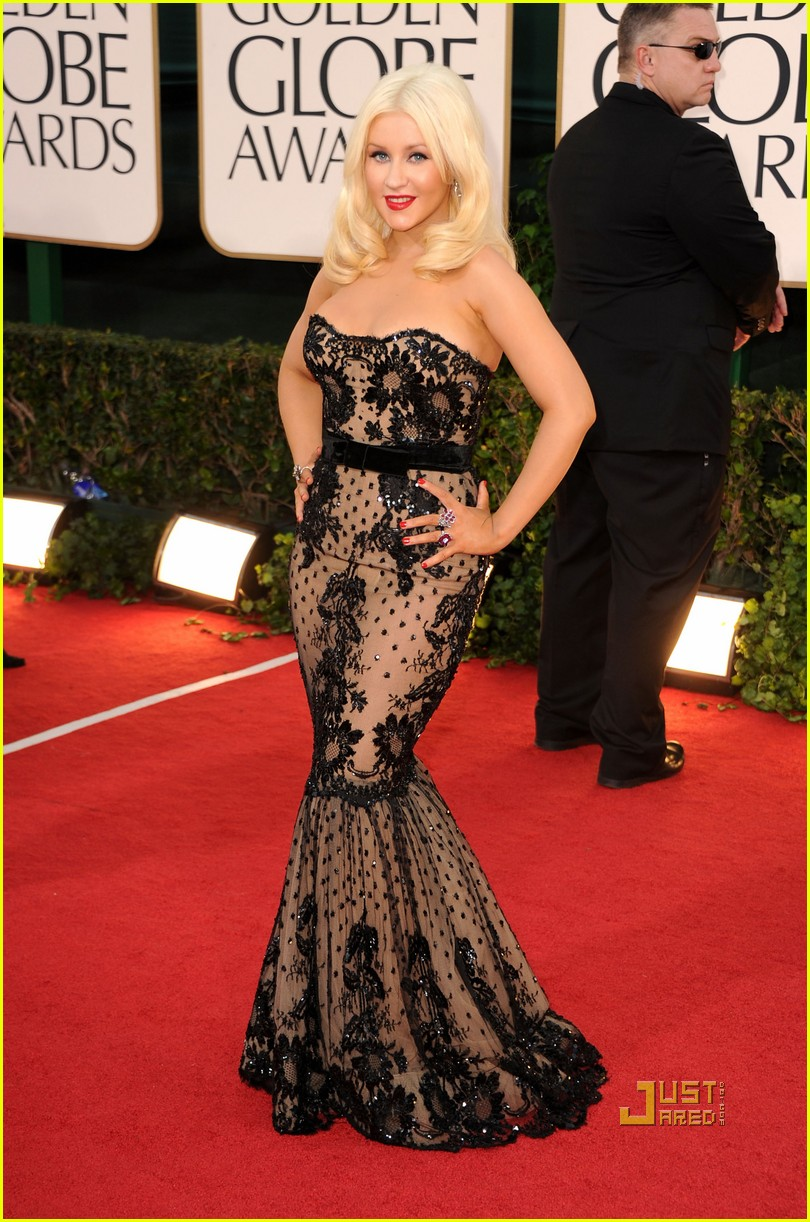 christina aguilera 2011 golden globes 01