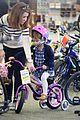 jessica alba honor new bike 11
