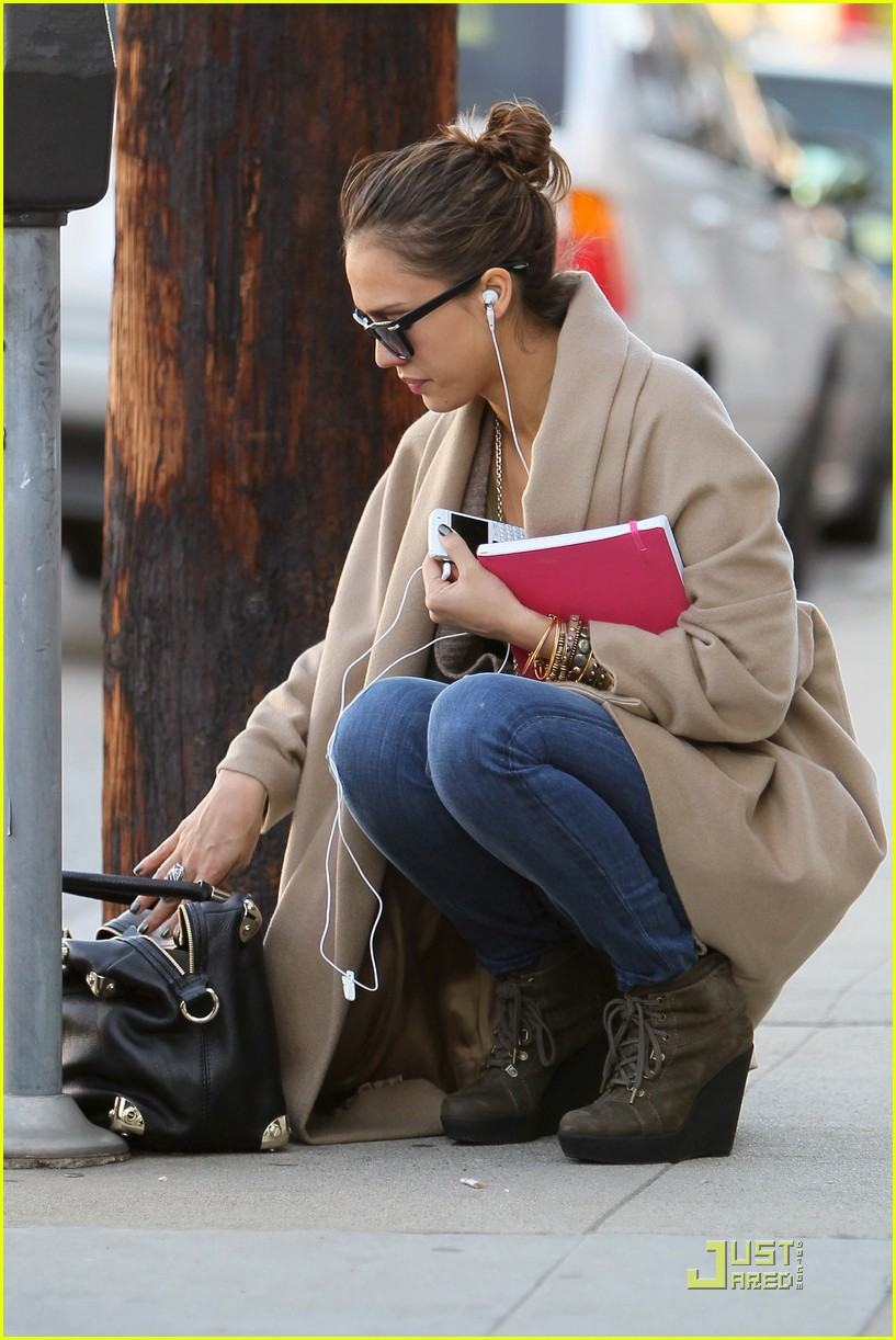 jessica alba joans on third 11