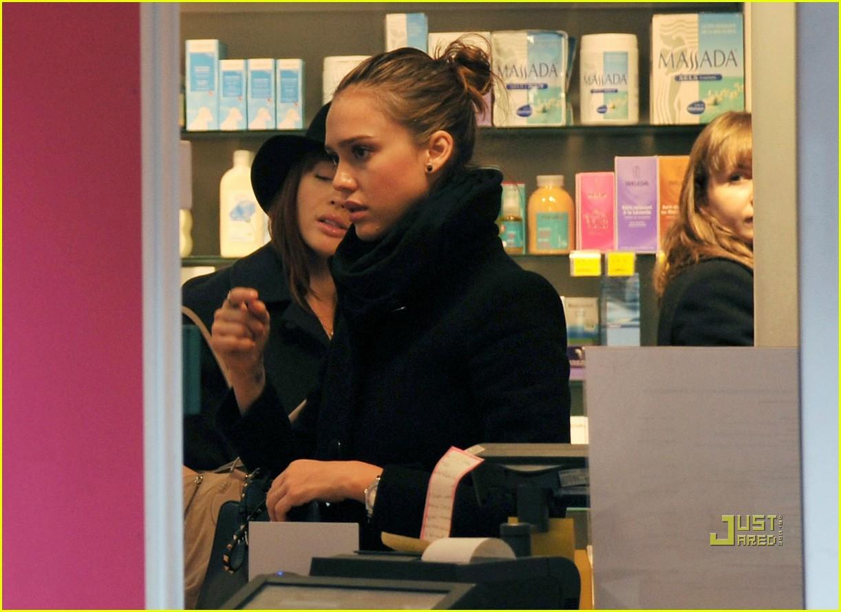 jessica alba mademoiselle boutique 032514472