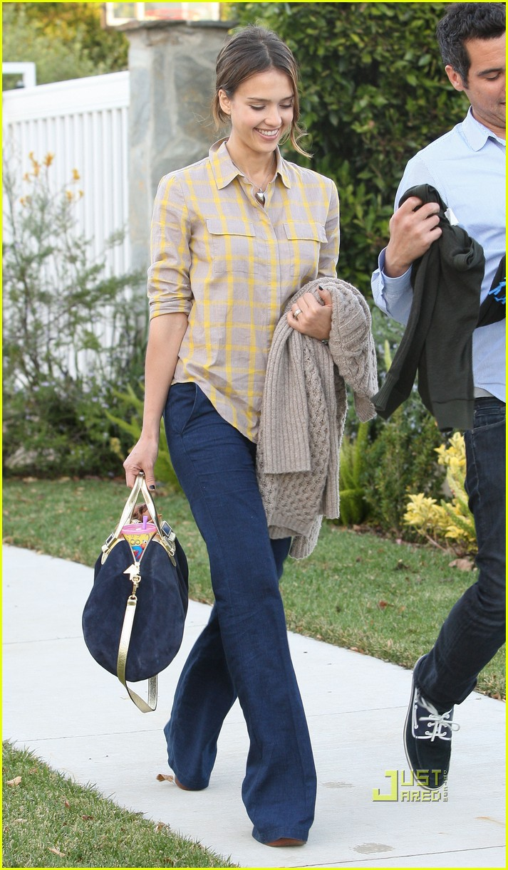 jessica alba honor cash birthday party pacific palisades 022512713