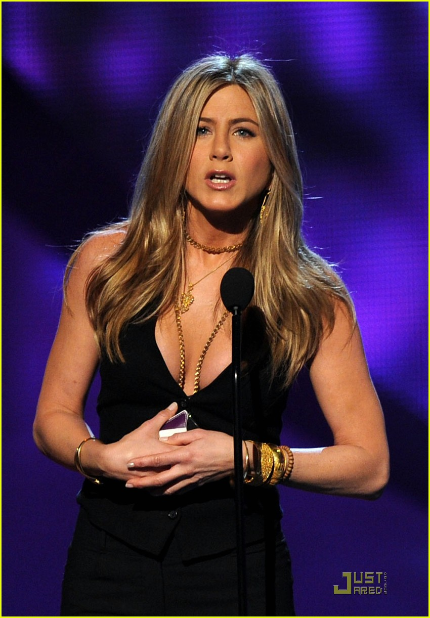 jennifer aniston pcas 092508437