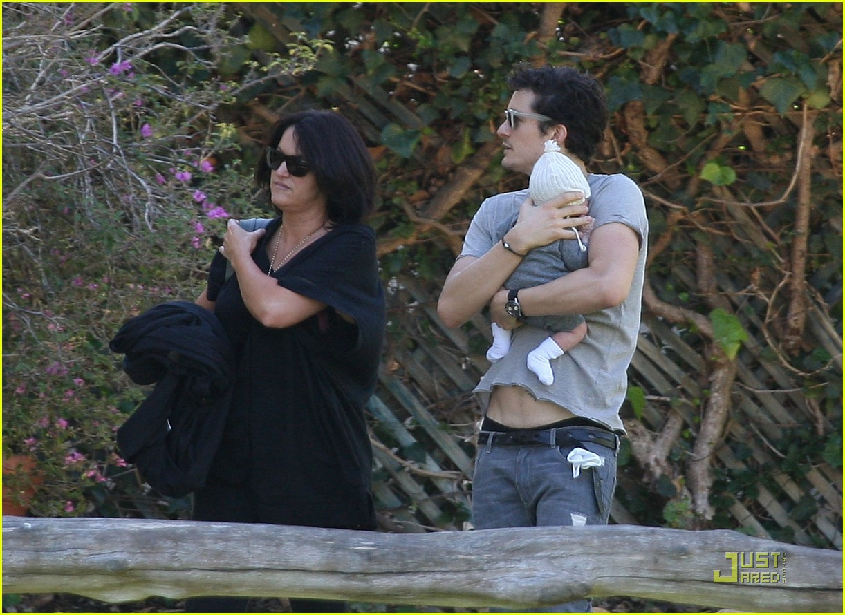 orlando bloom walk in the park with flynn 122513856