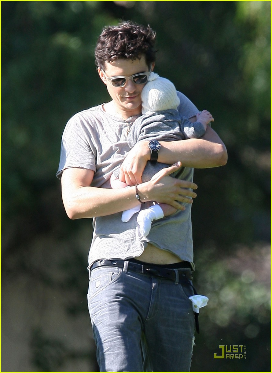 orlando bloom walk in the park with flynn 222513866