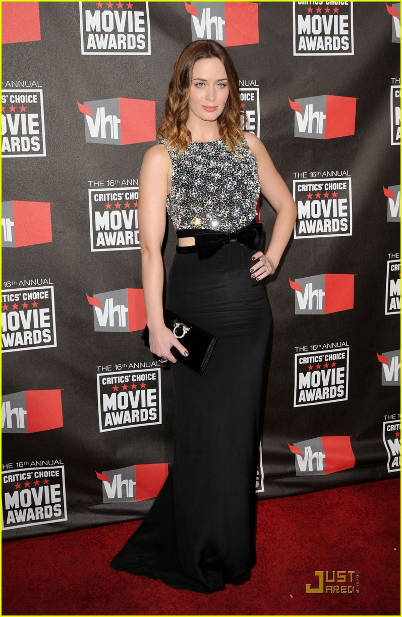 emily blunt critics choice 042511233