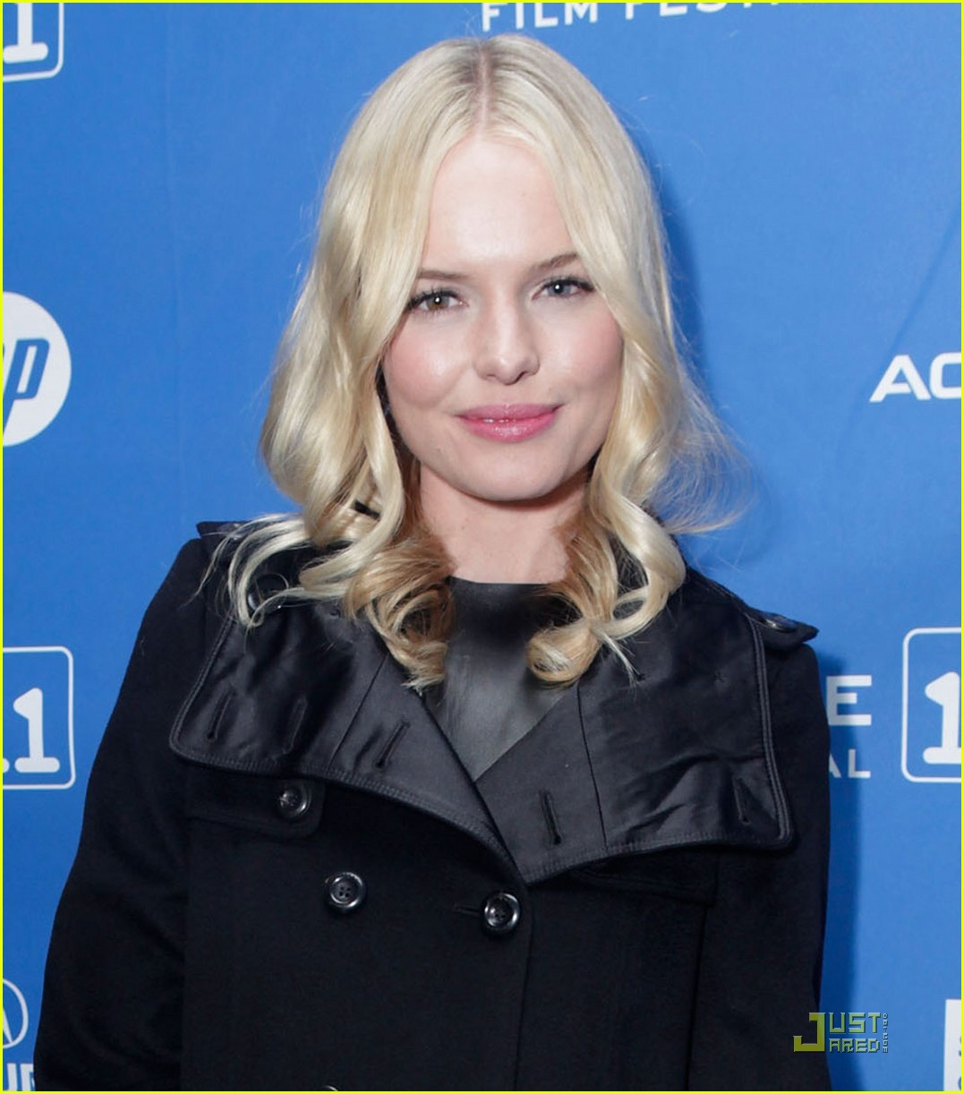 kate bosworth little birds kay panabaker 022513979