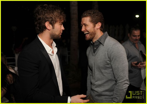 chace crawford matthew morrison new years 032507590