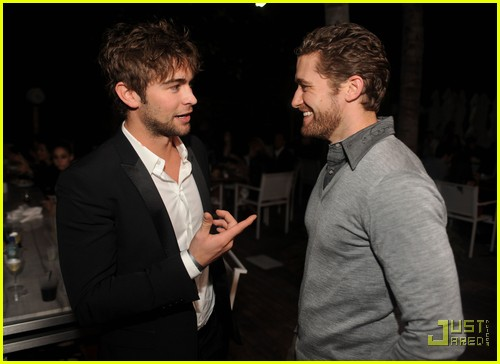 chace crawford matthew morrison new years 072507594
