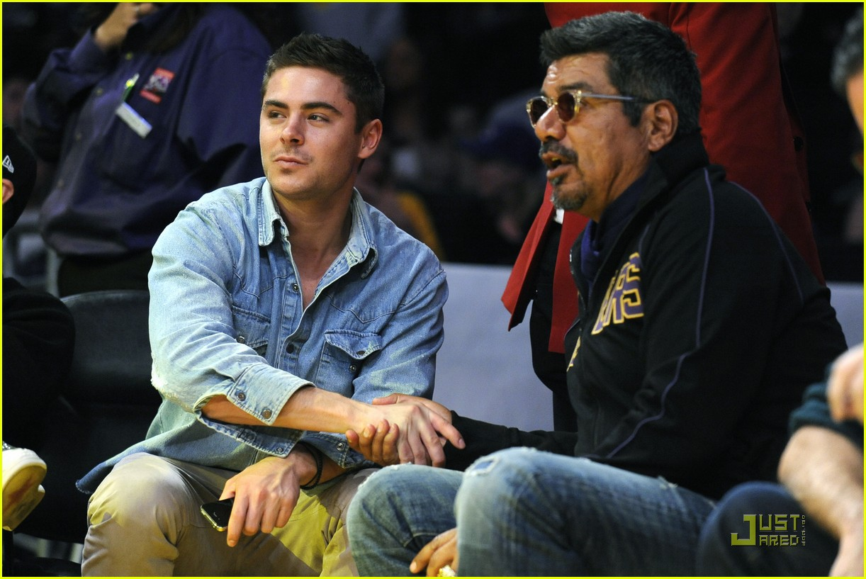 zac efron lakers game george lopez 062515710