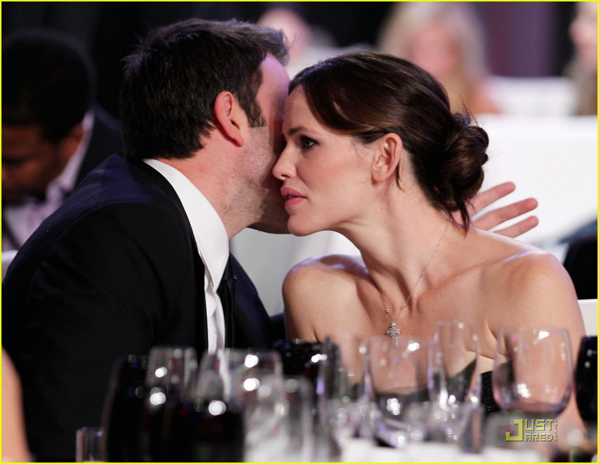 jennifer garner critics choice 052511140