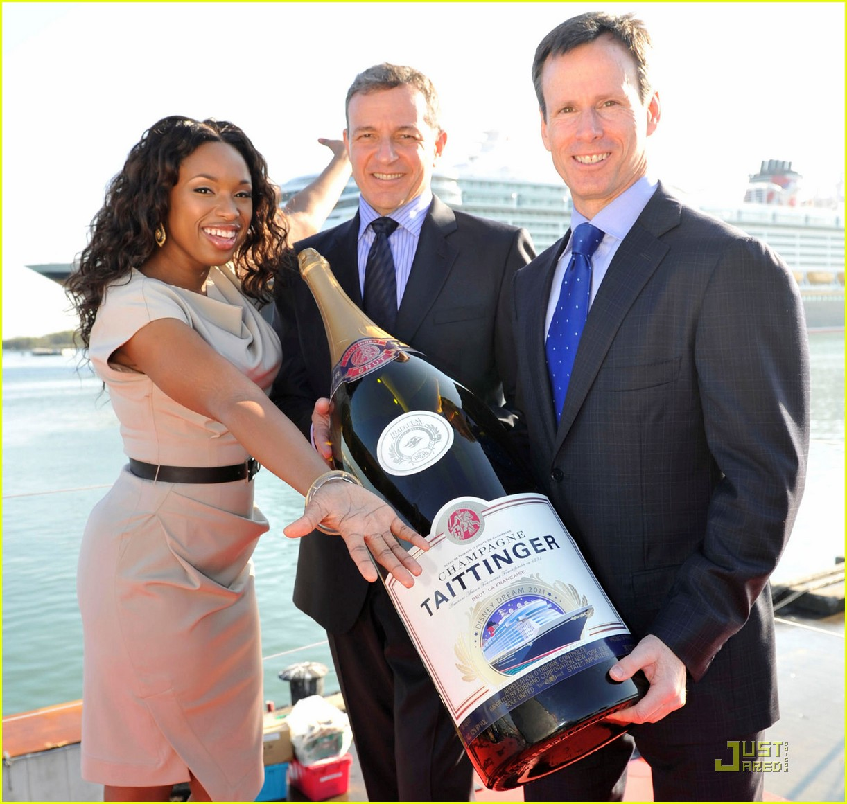 jennifer hudson disney dream christening 03