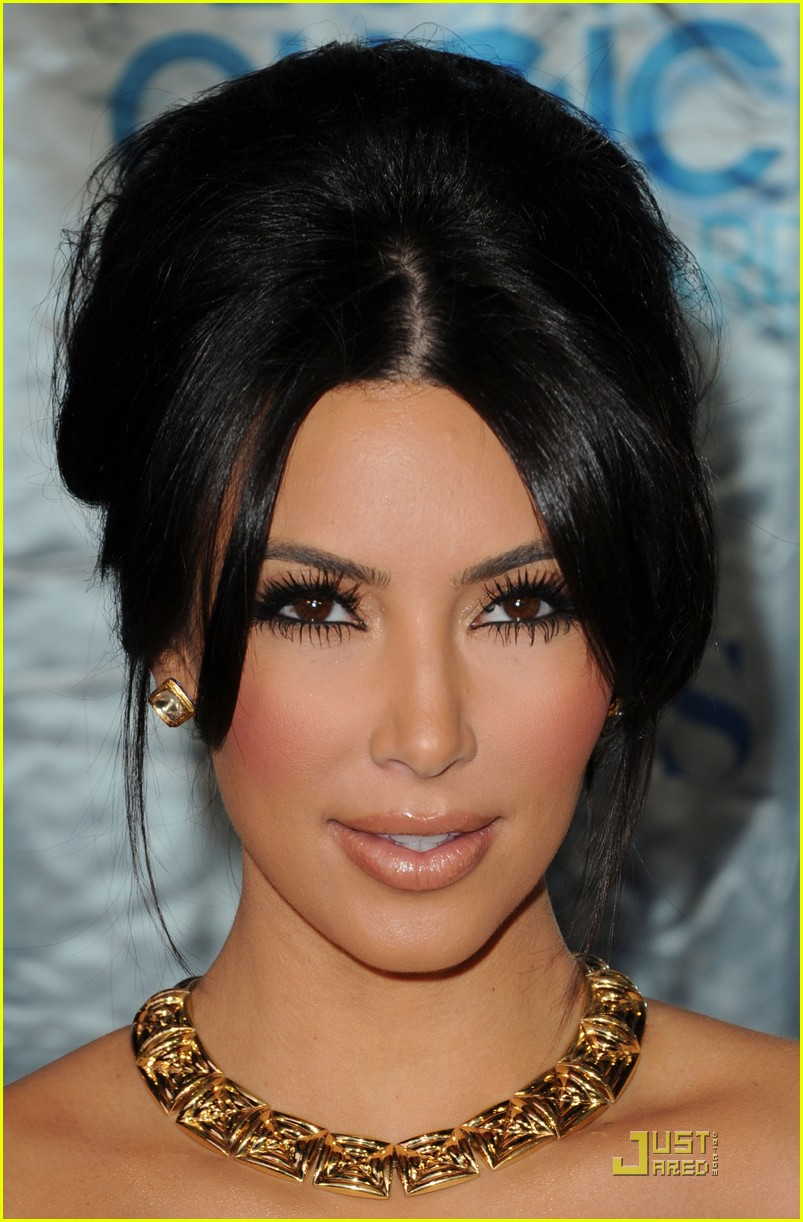 kim kardashian pca 12