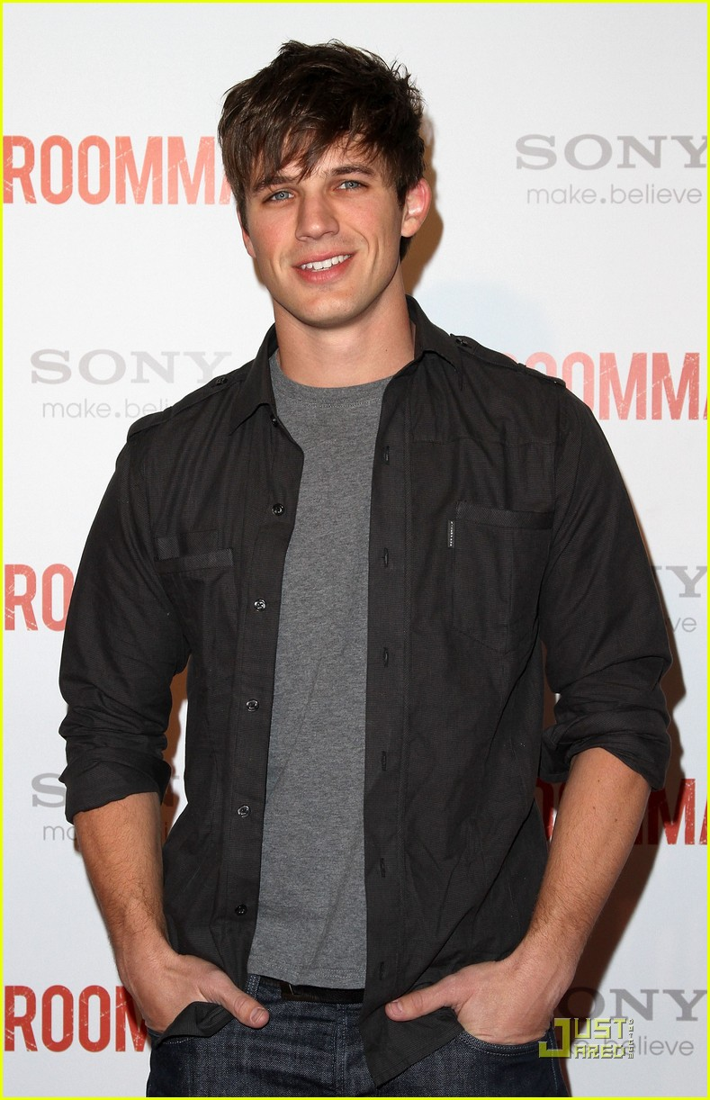 the roommate premiere party 03