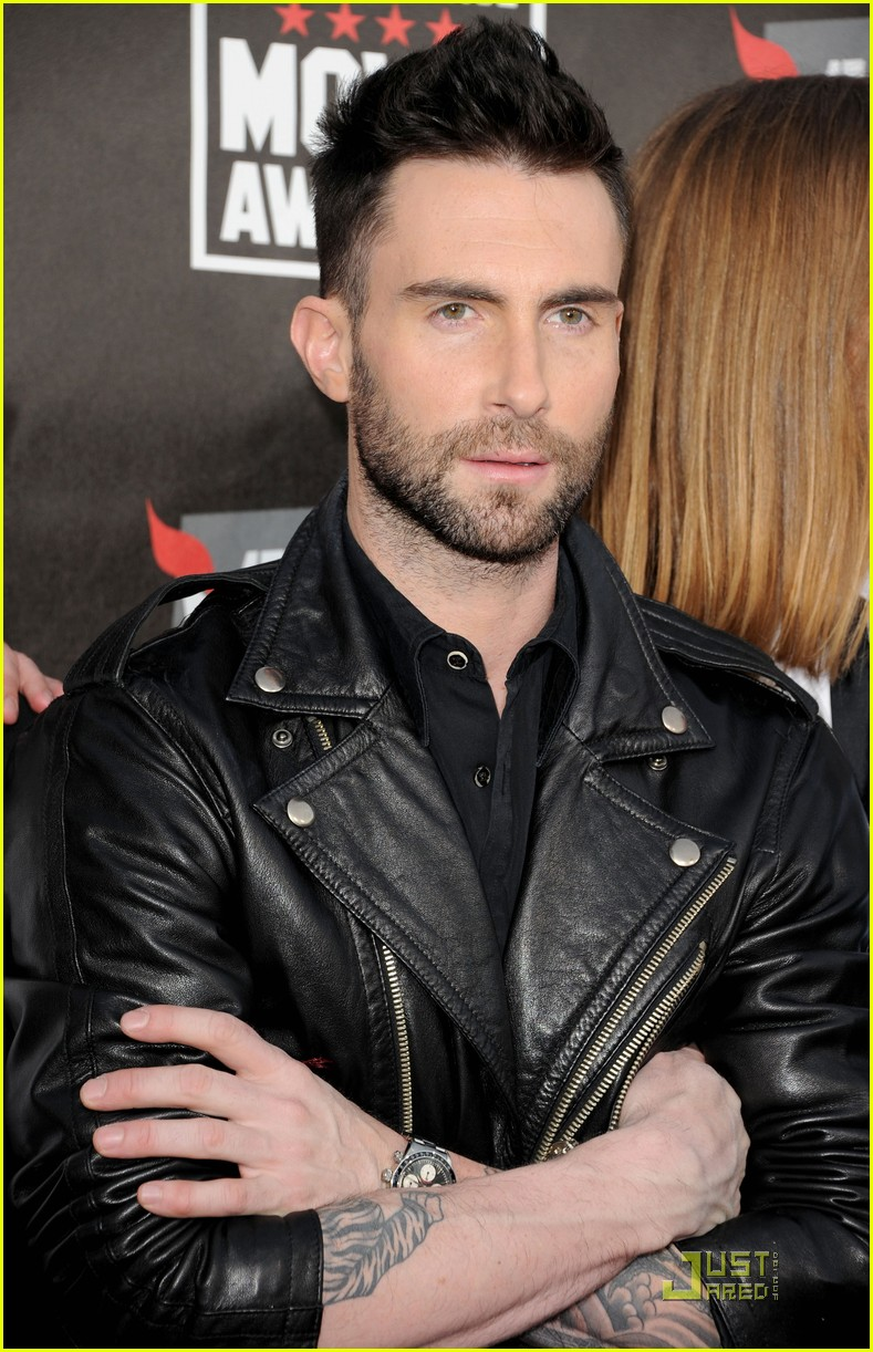 adam levine critics choice 04