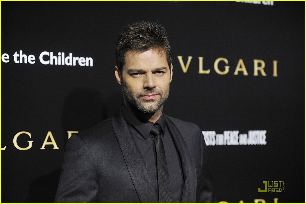 ricky martin chace crawford artists for peace 10