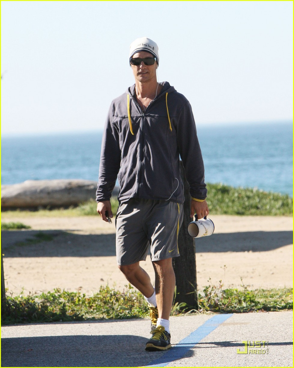 matthew mcconaughey shirtless beach run 052514028