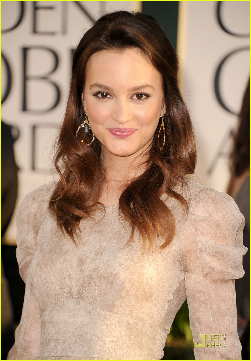 leighton meester golden globes 022511803