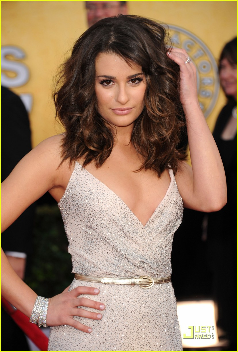 Lea Michele Sag Awards 2011 Red Carpet Photo 2515420 2011 Sag Awards Glee Lea Michele Pictures Just Jared