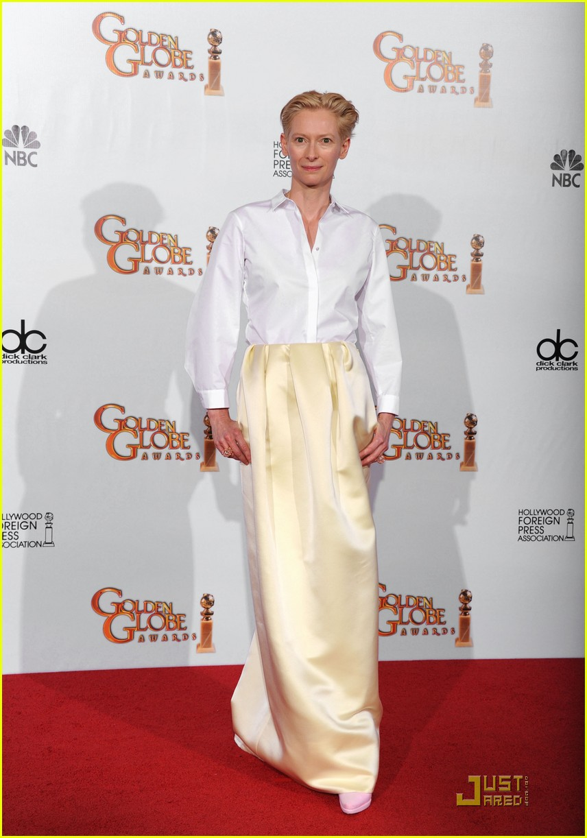 helen mirren tilda swinton golden globes 022512322