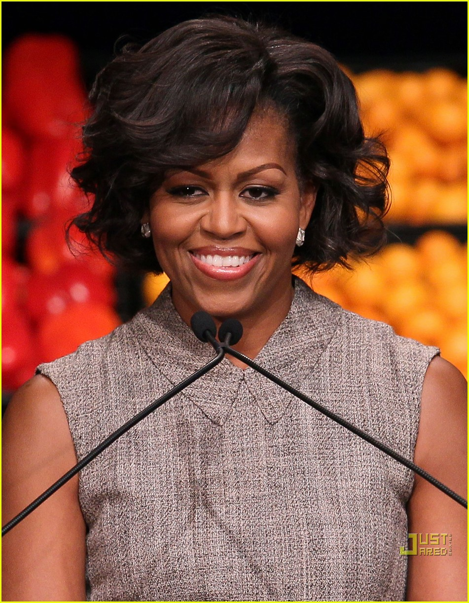 michelle obama china red 022513179