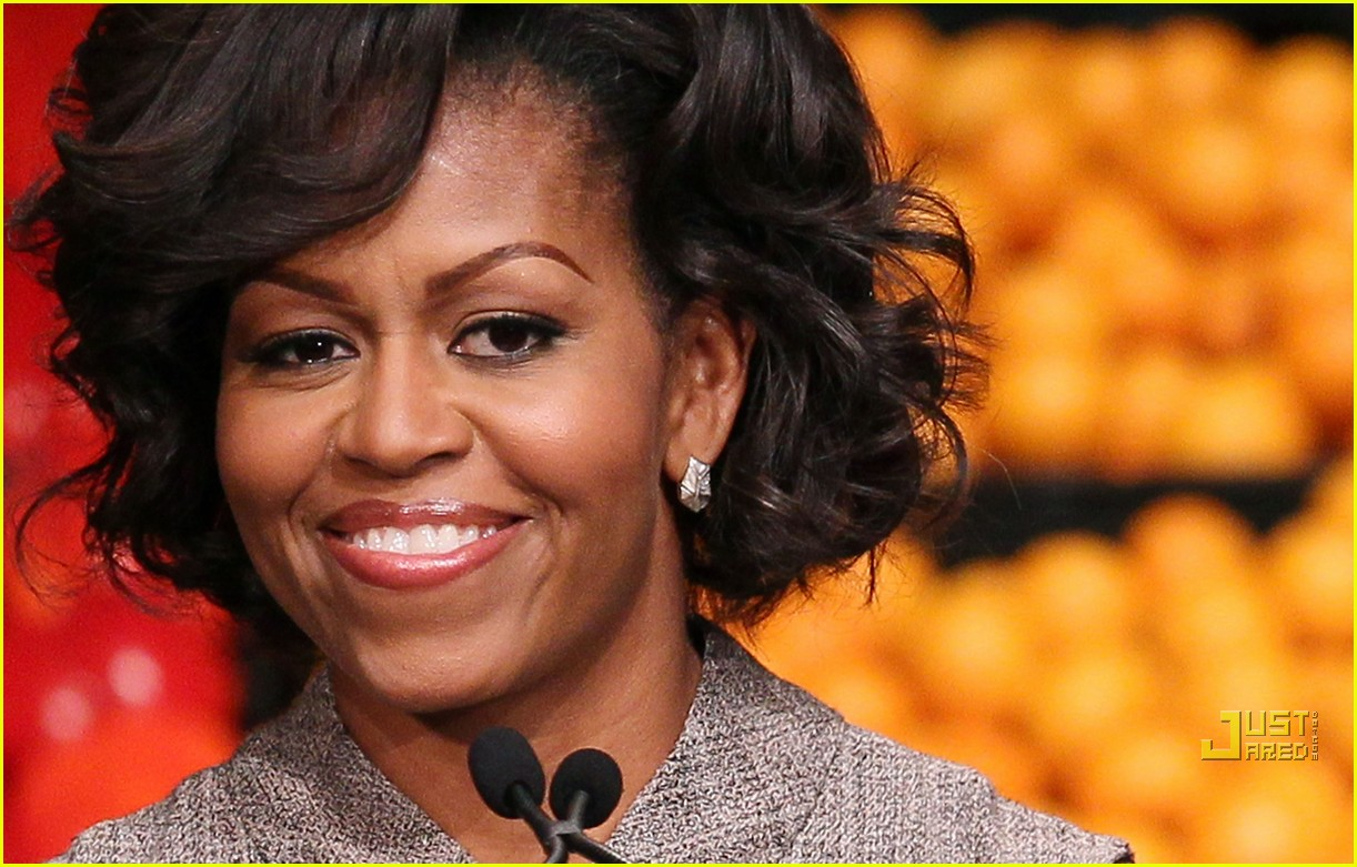 michelle obama china red 112513188