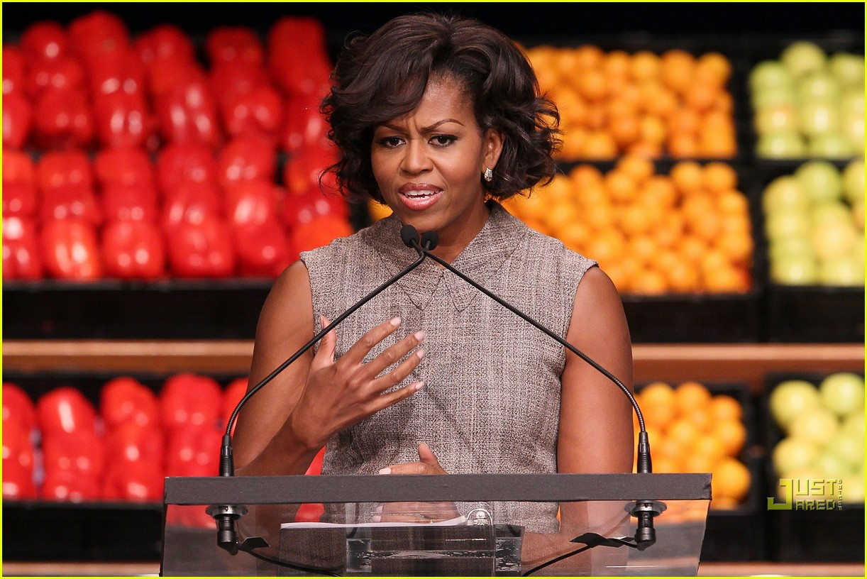 michelle obama china red 132513190