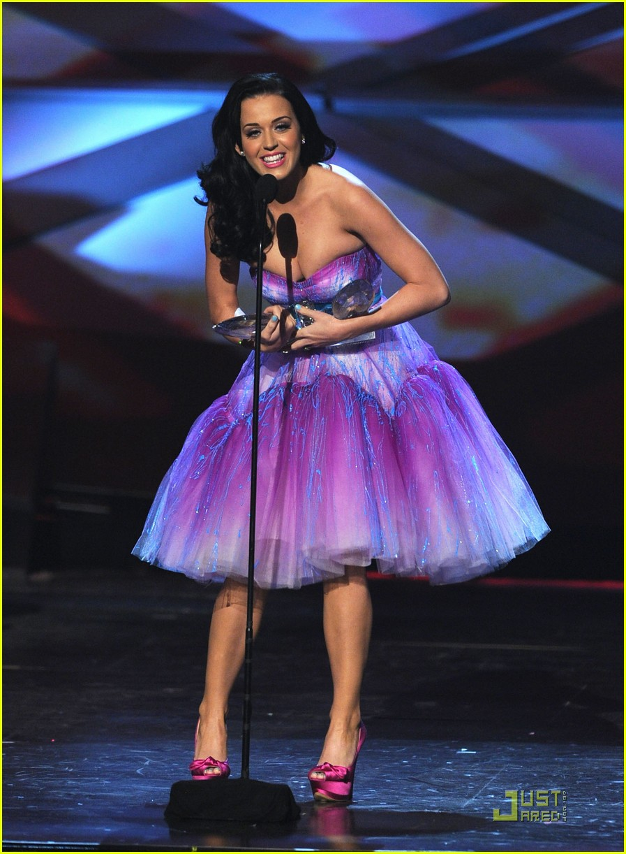 katy perry pcas 08