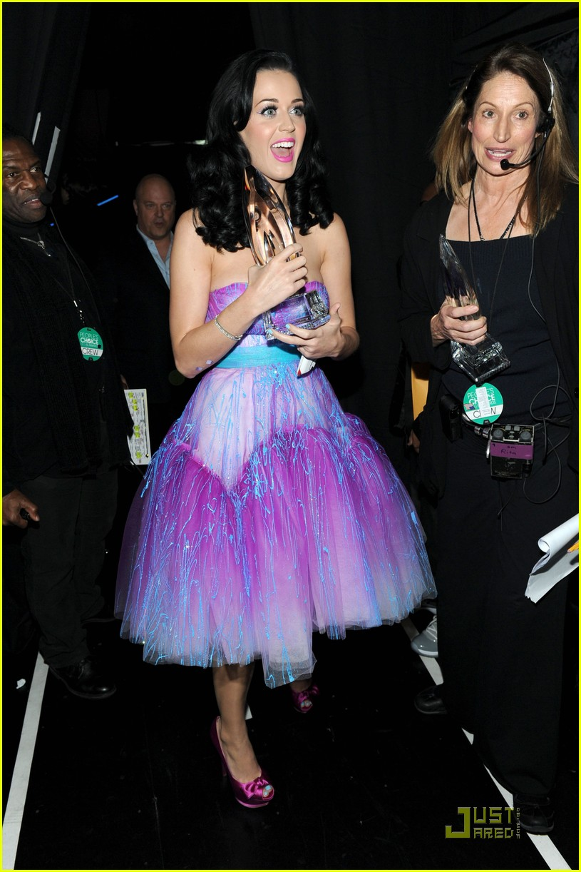 katy perry pcas 10