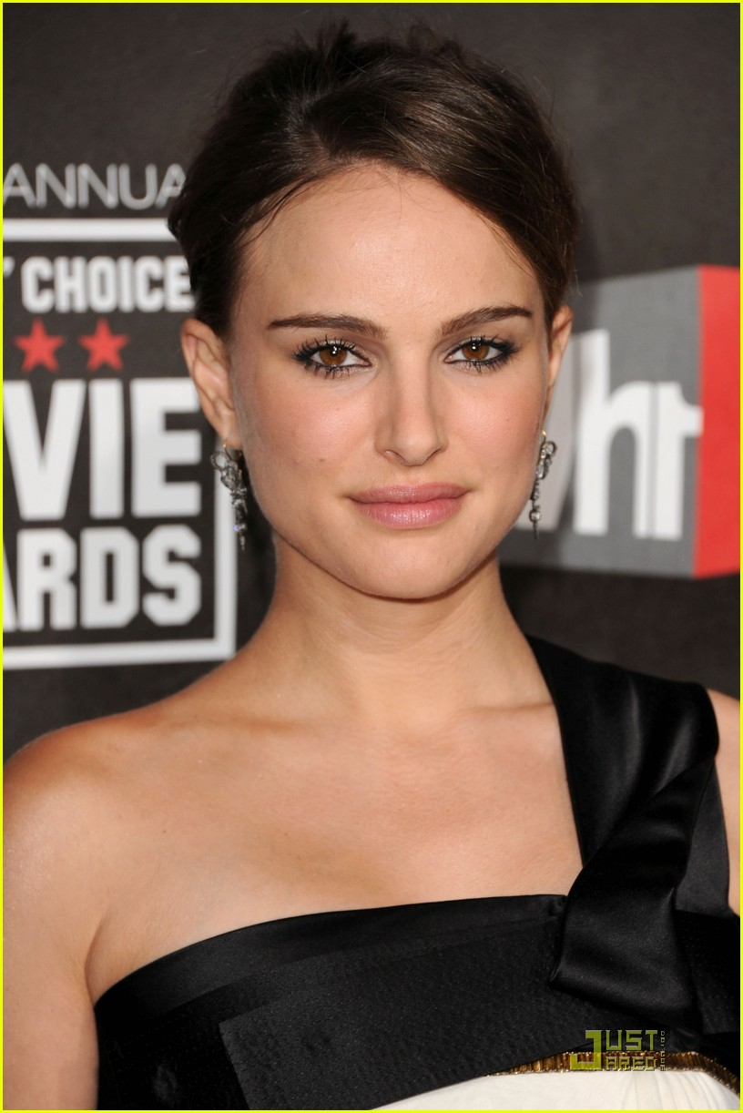 natalie portman critics choice 03