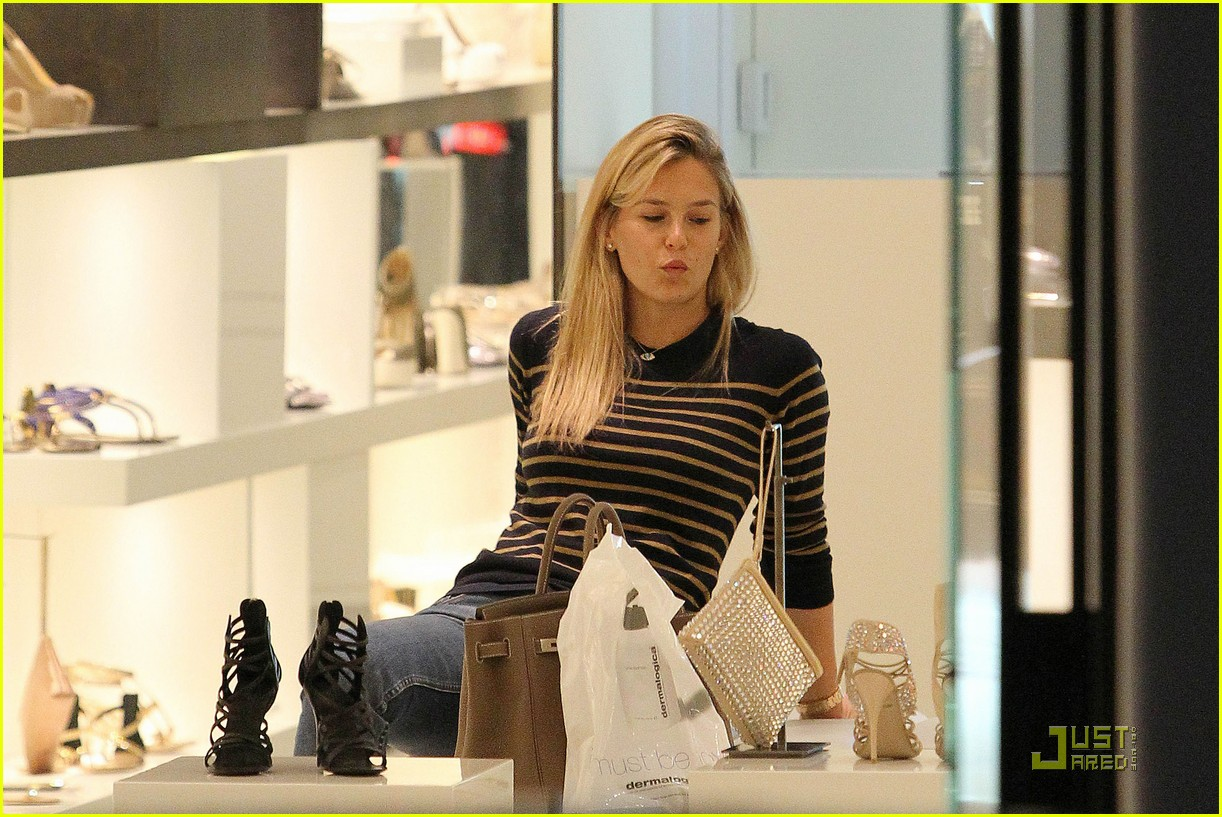 bar refaeli shopping 032510439