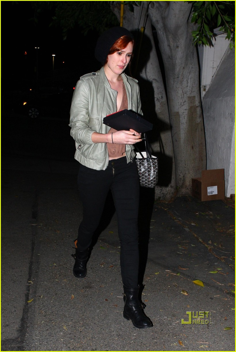 rumer willis red hair 012511619