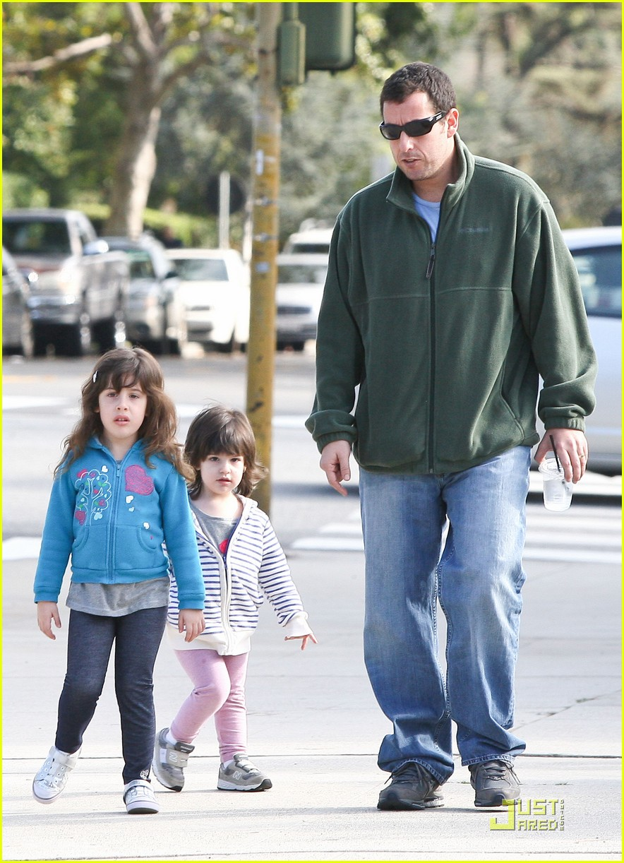 adam sandler strolling with sadie sunny 012509638