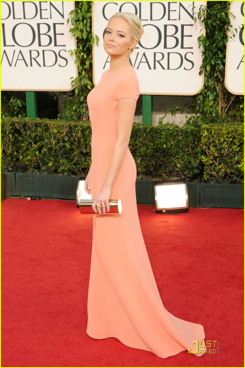 emma stone 2011 red carpet golden globe awards 06
