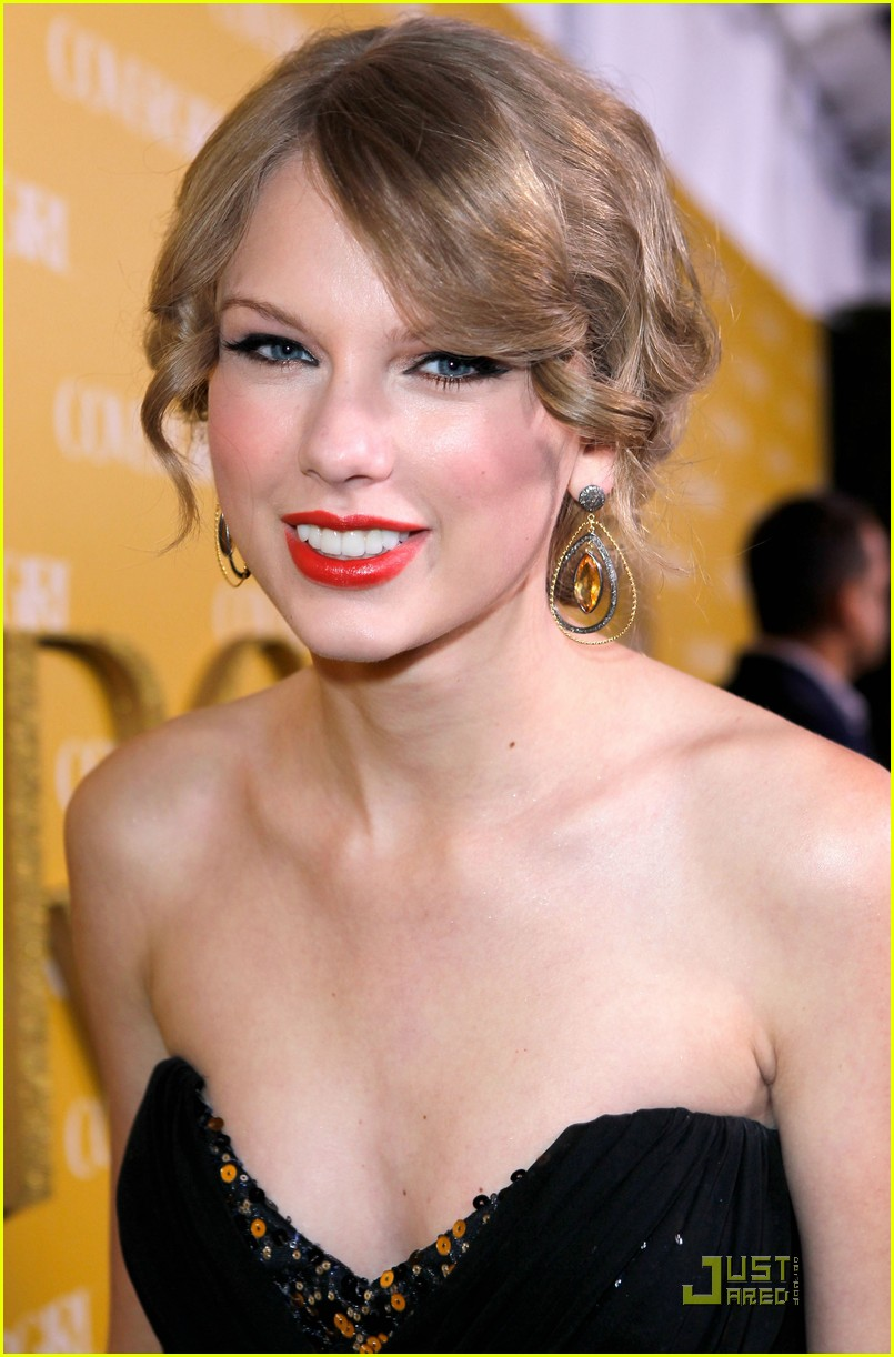taylor swift covergirl 042508602