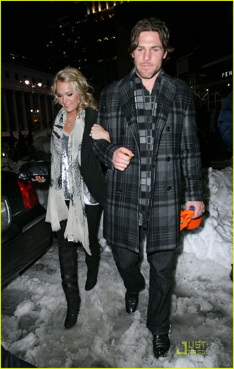 carrie underwood mike fisher knicks game nyc 022514791