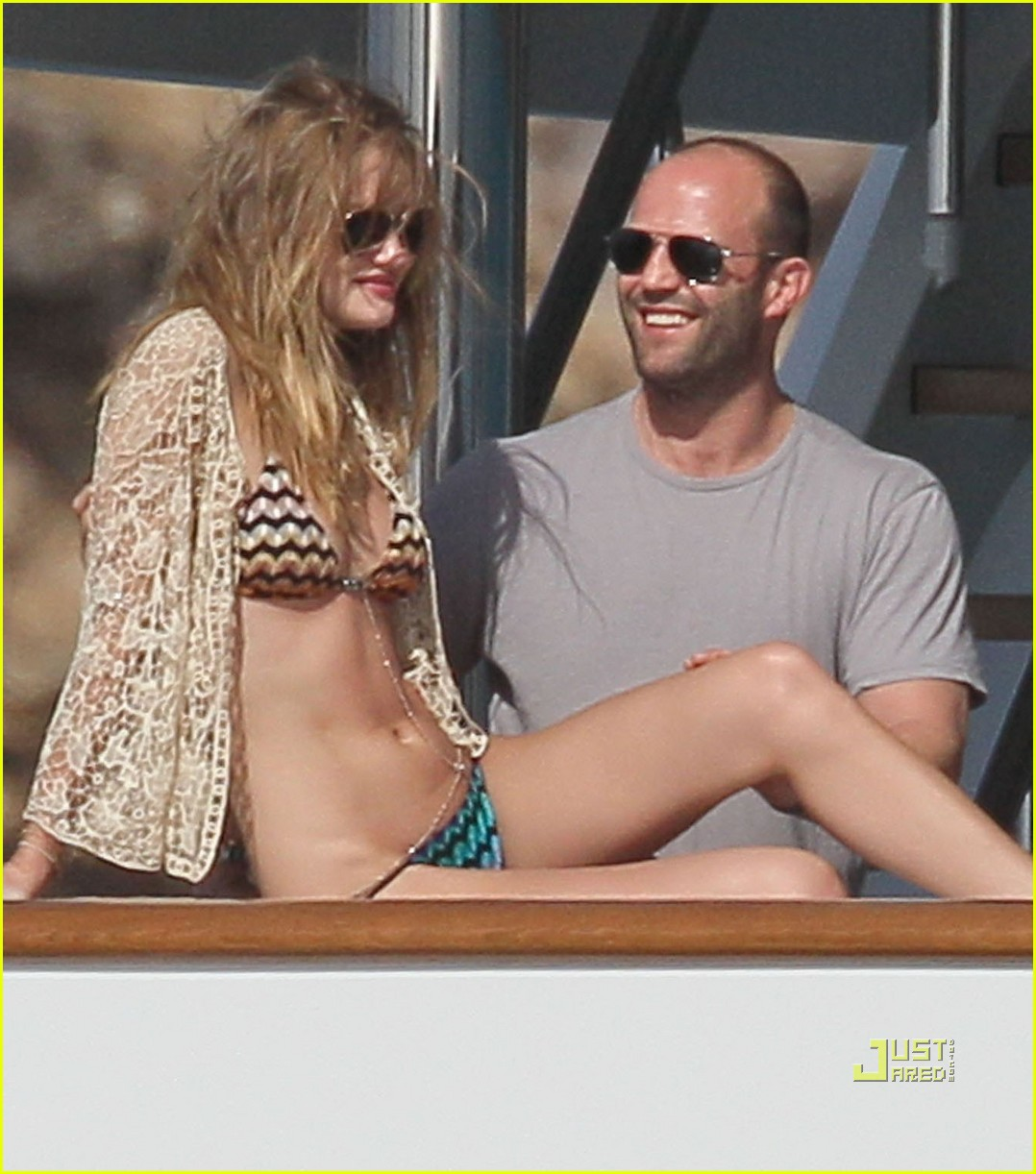 rosie huntington whiteley jason statham jet ski 02
