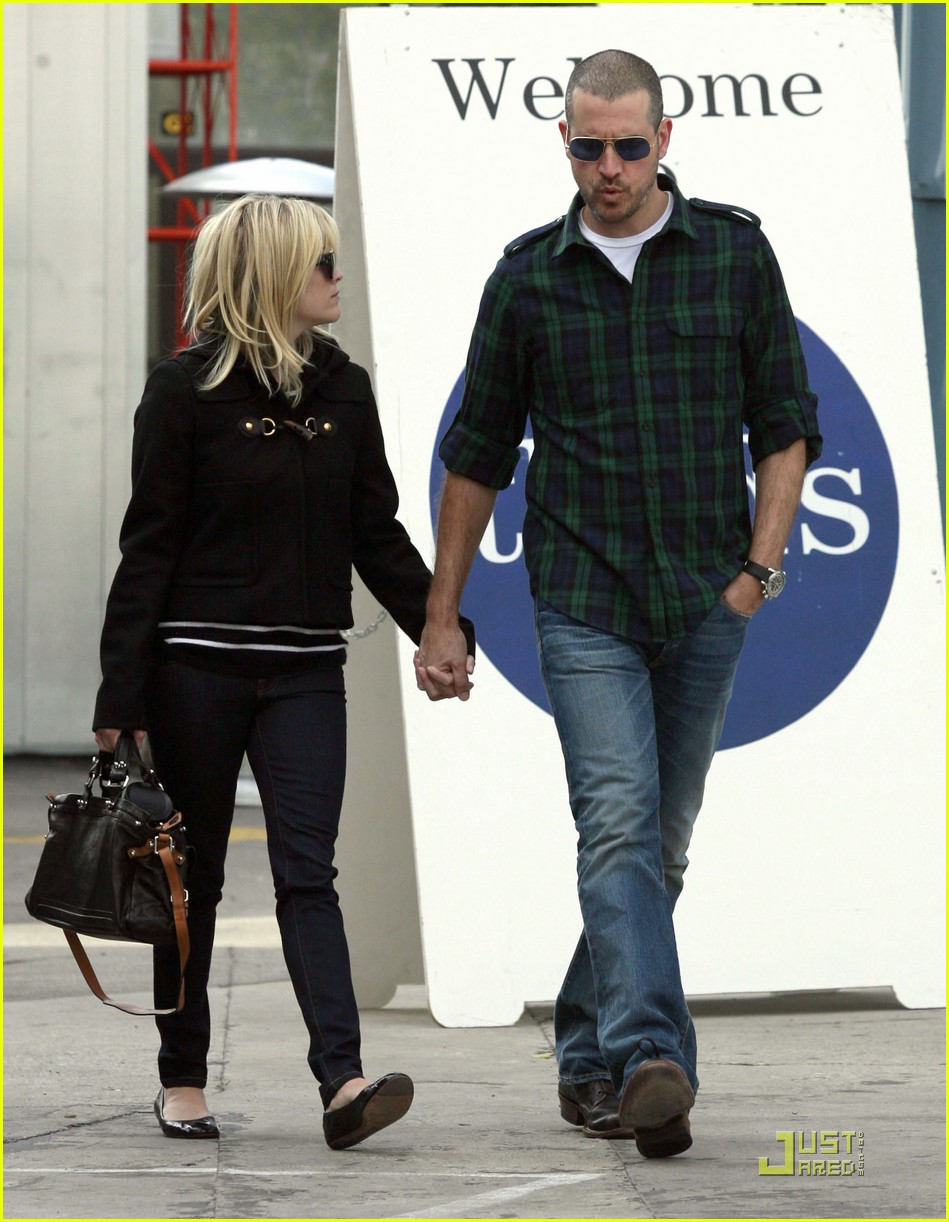 reese witherspoon sunday church jim toth 022509530