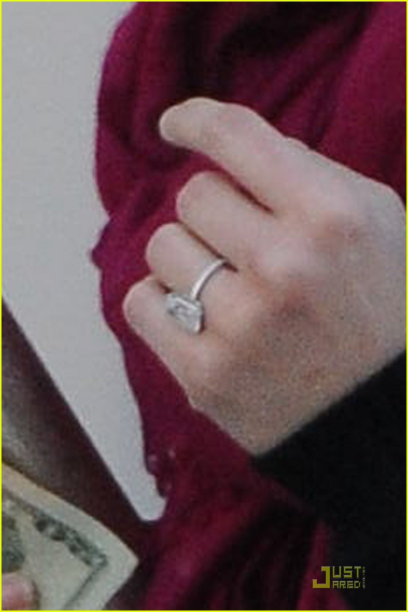 reese witherspoon engagement ring 032508180