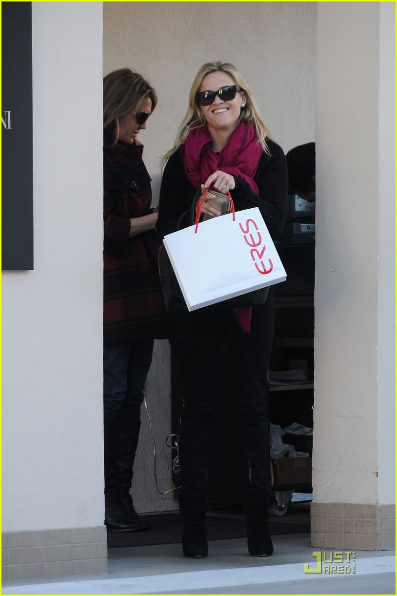 reese witherspoon engagement ring 042508181