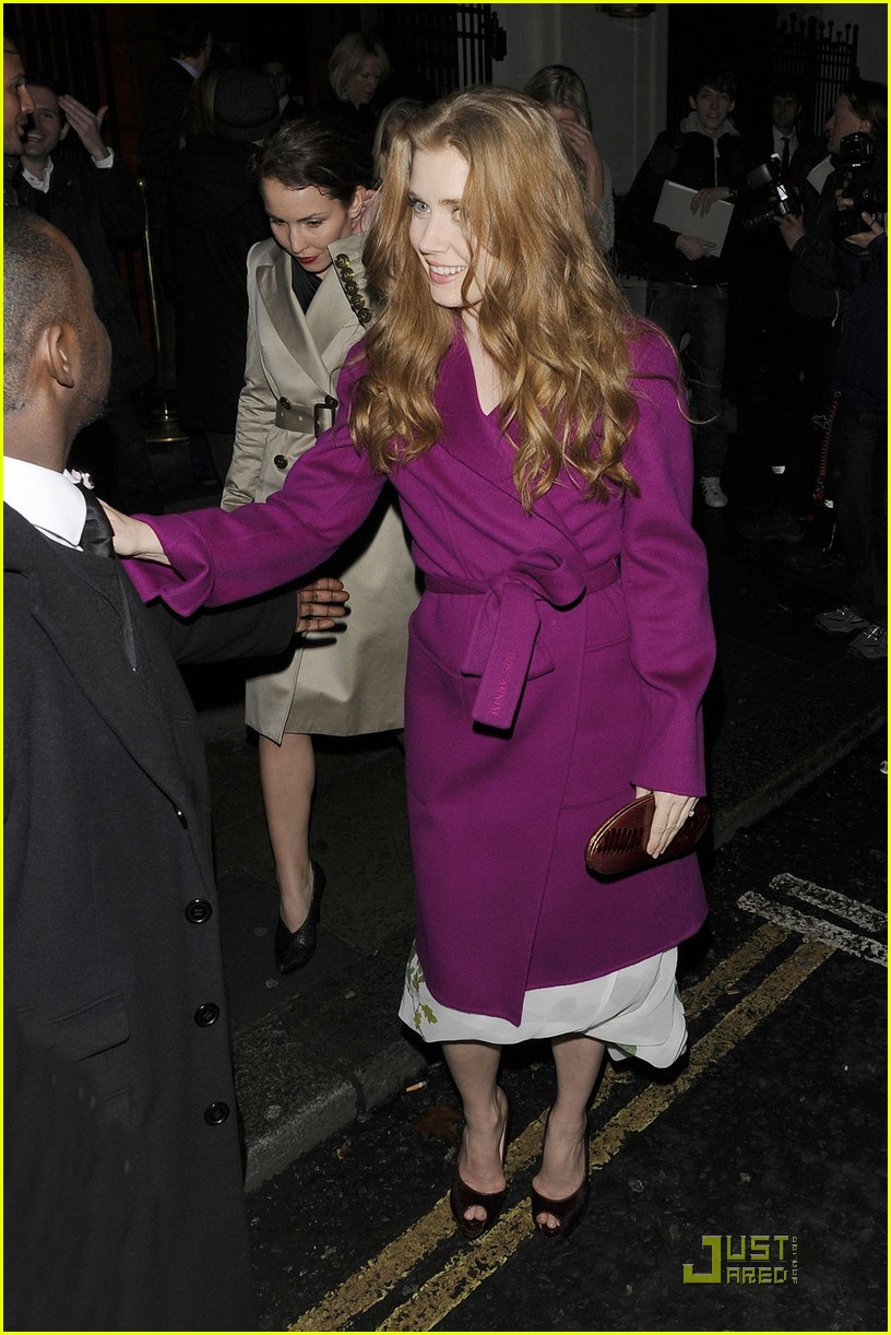 amy adams pre BAFTA dinner in london 042518938