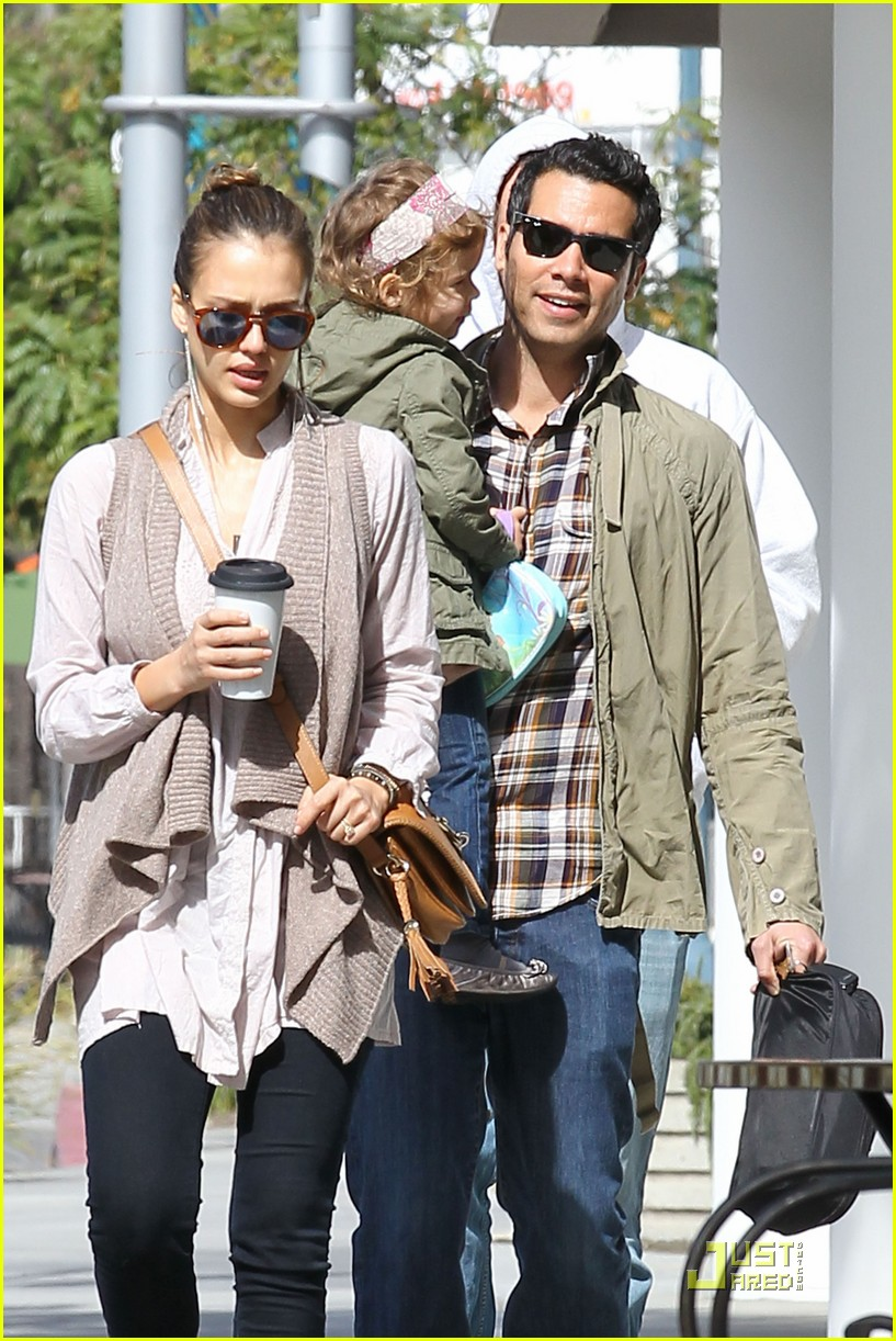 jessica alba cash warren breakfast 04