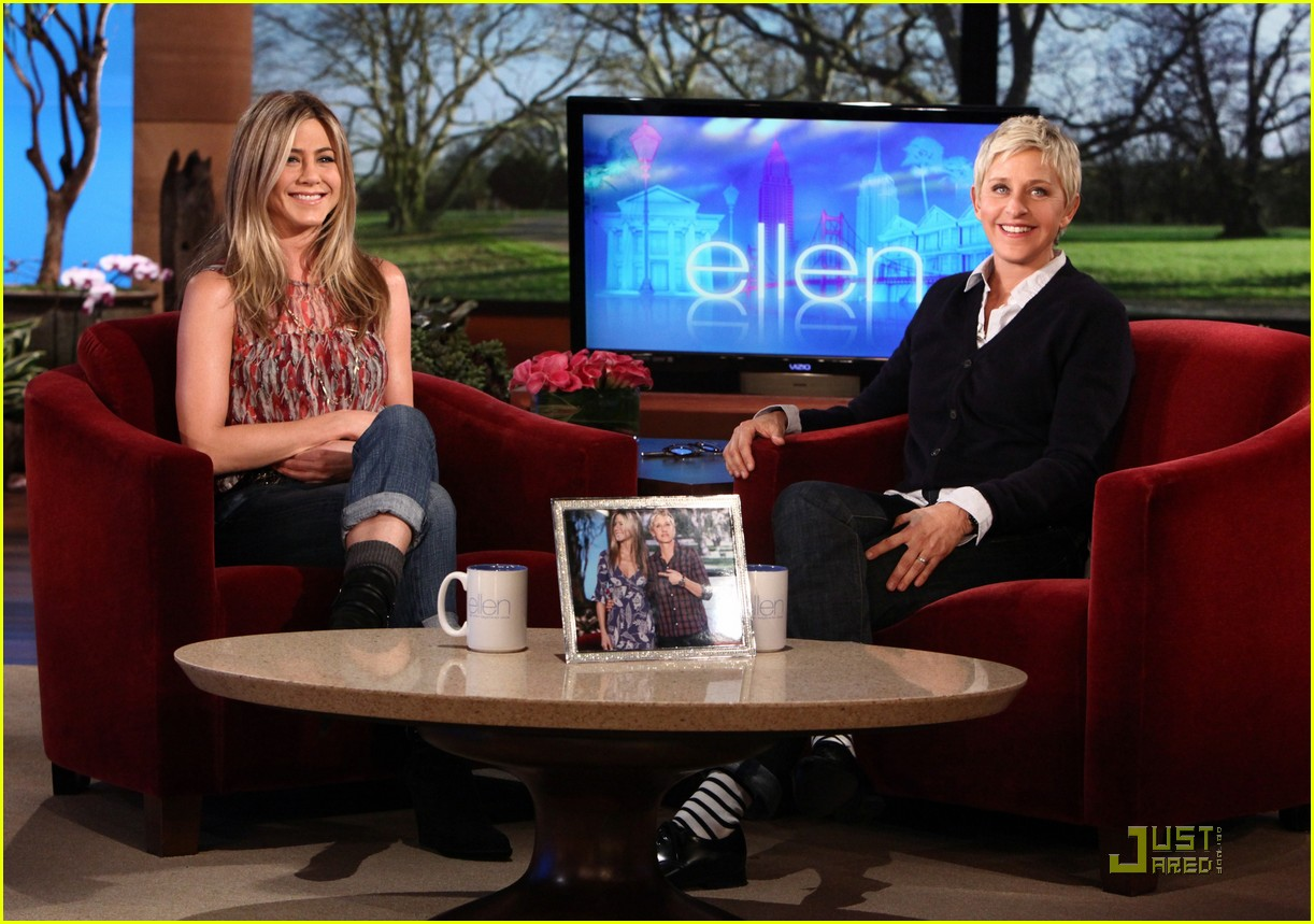 Jennifer aniston stop with the adoption rumors photo 2516188 ellen degeneres jennifer - Ellen show address ...