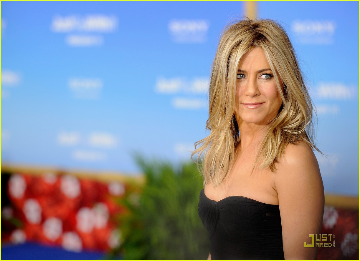 Jennifer Aniston: 'Just Go With It' Premiere with Adam Sandler