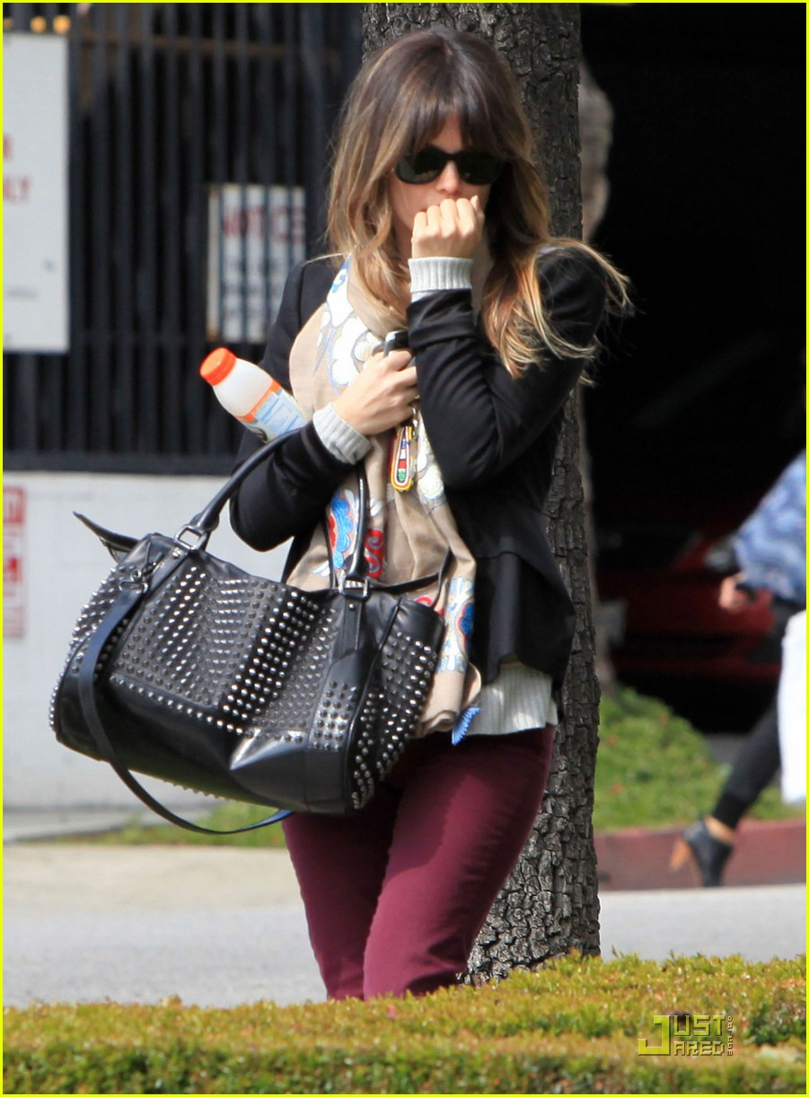 rachel bilson west hollywood salon stop 10