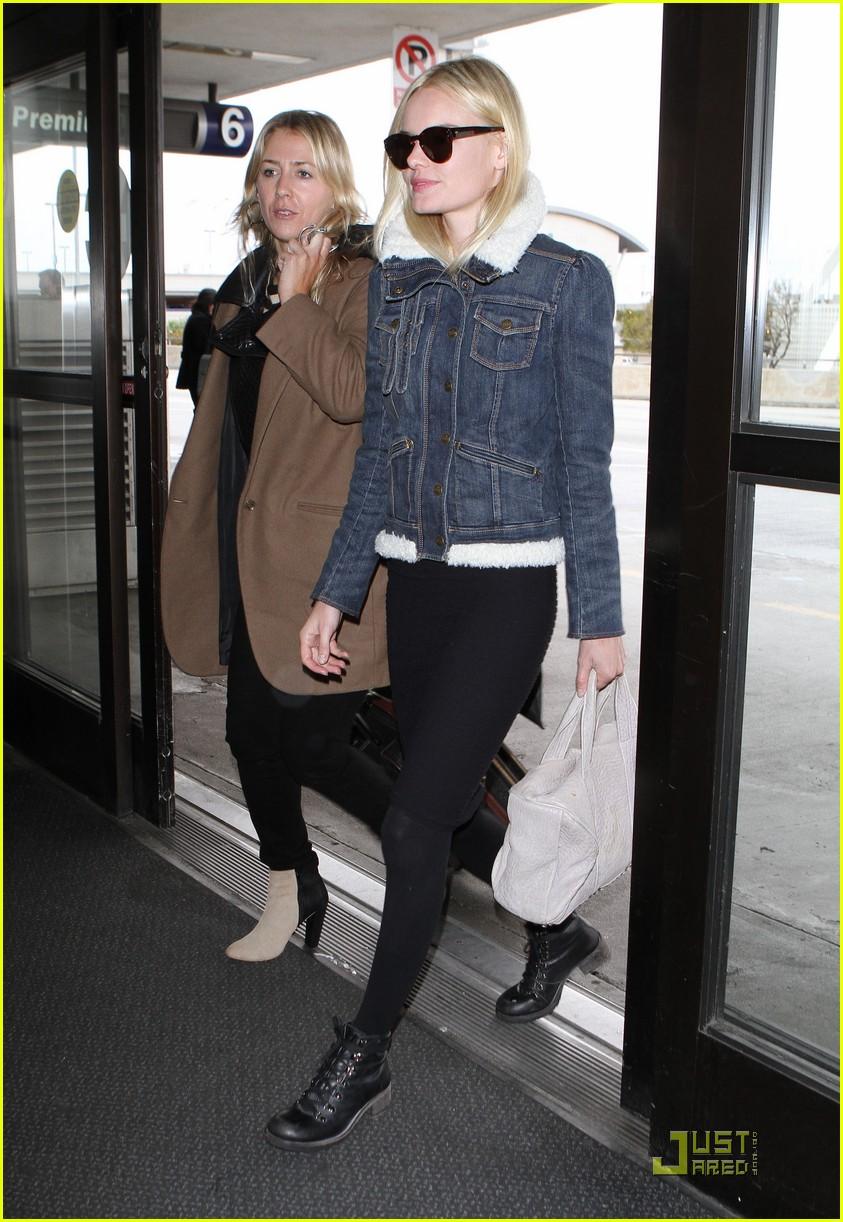 kate bosworth en route to fashion week 01