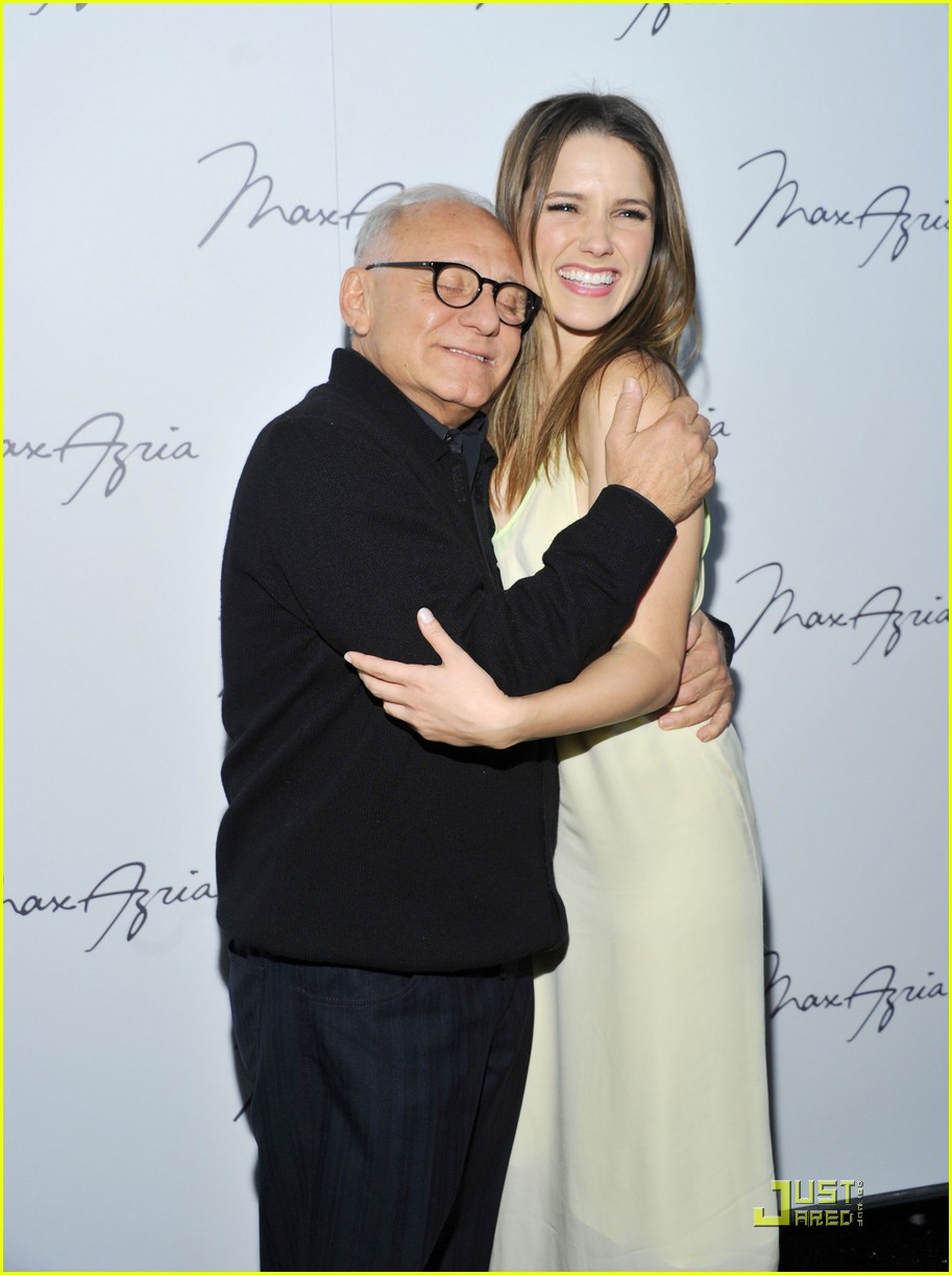 sophia bush backstage with max azria 022519619