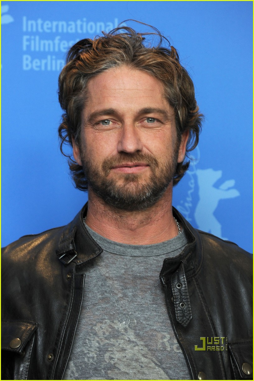 gerard butler coriolanus photo call 03
