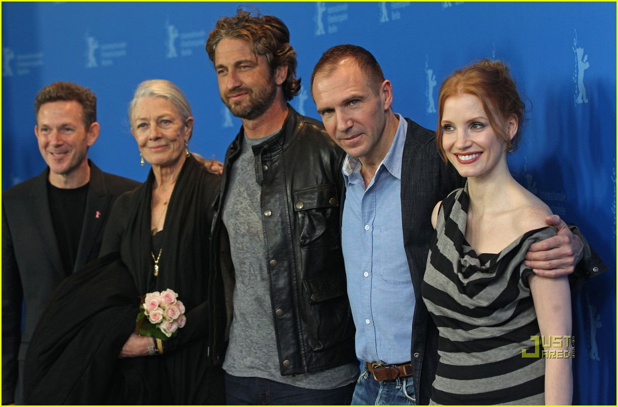 gerard butler coriolanus photo call 22
